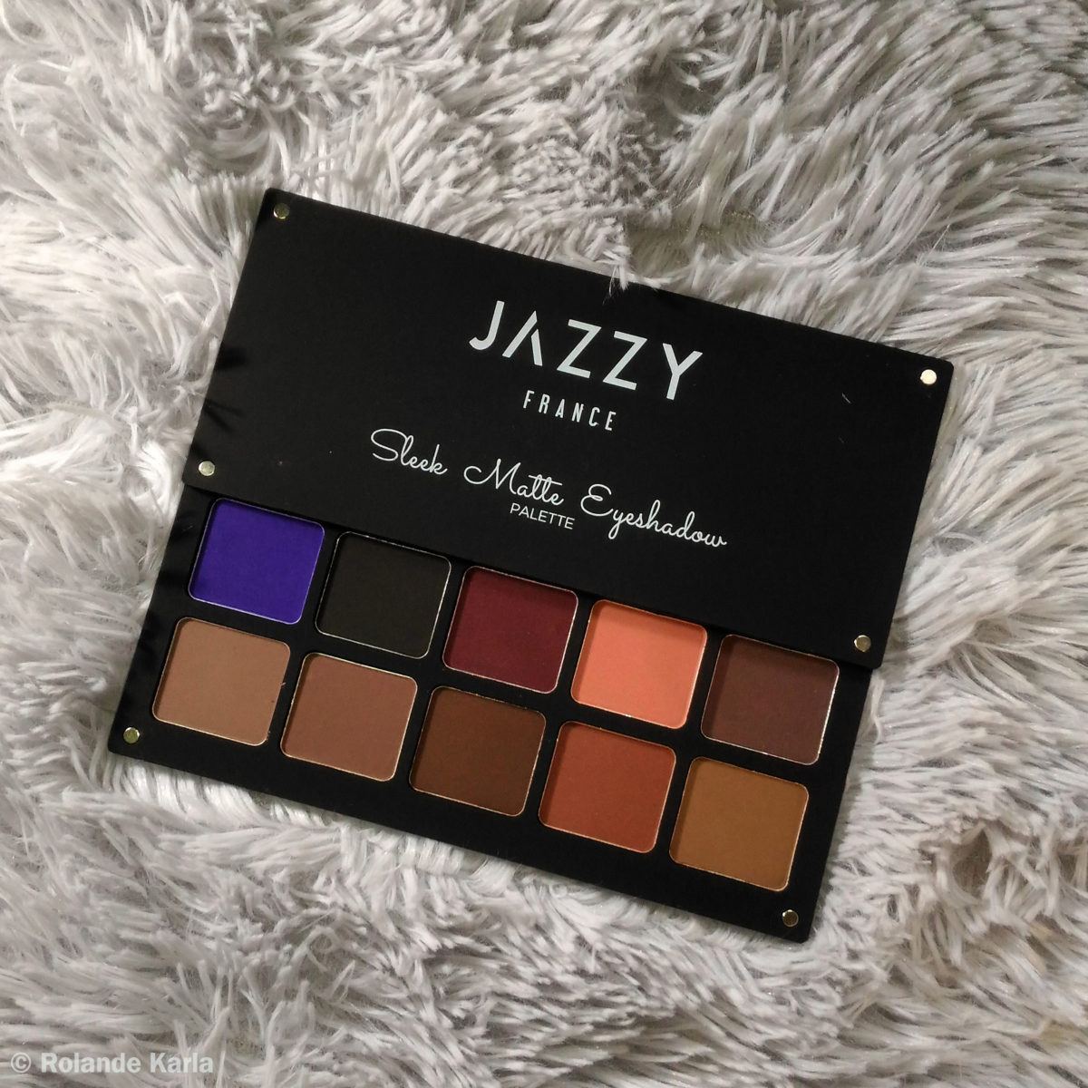 Jazzy France Sleek Matte Eyeshadow Palette – Night Out || Product Review